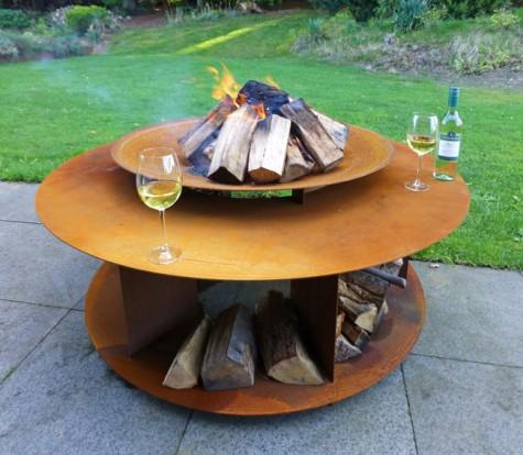 Cortenstalen Loungetafel + houtopslag