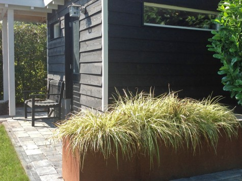 Plantenbak mét of zonder bodem kiezen?